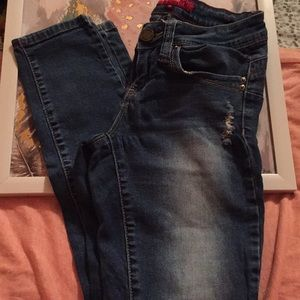 YMI distressed skinny jeans size 1